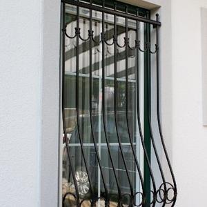 20. Schmiedeeisenfenstergitter