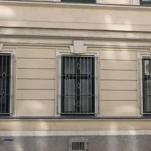 18. Schmiedeeisenfenstergitter
