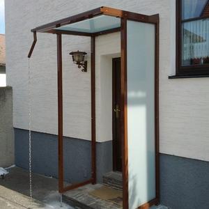 20. Eingangsüberdachung