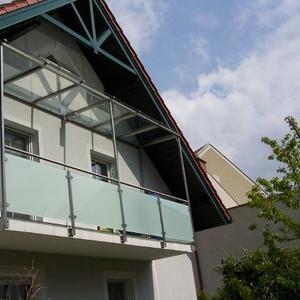 28. Balkonüberdachung